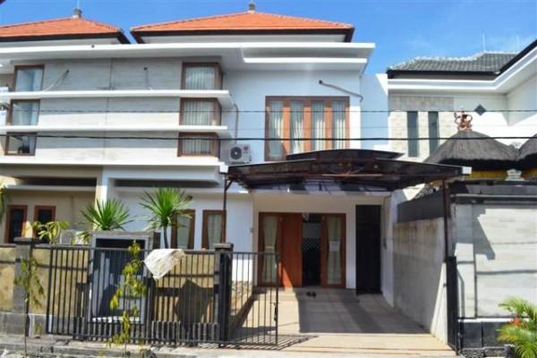 Disewakan Rumah Elite di Renon Denpasar Bali – R1024