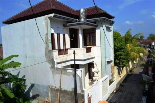 Disewakan Rumah Semi Villa di Denpasar Bali – R1028