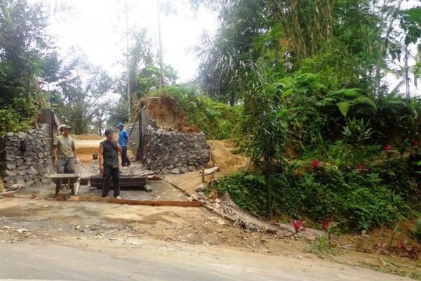 Tanah dijual di Ubud View tebing ( TJUB110B )