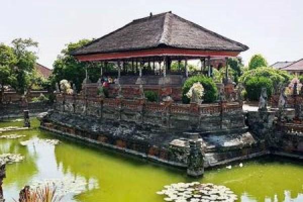 Kertagosa Bali