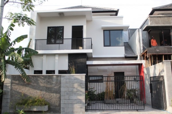Dijual Rumah di Denpasar, lokasi strategis, baru, bagus R1104