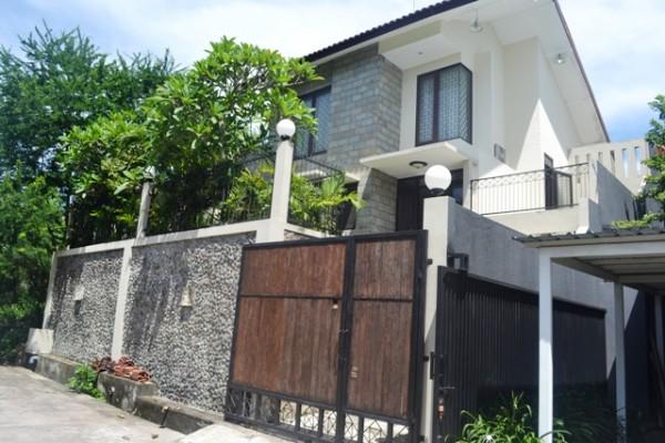 Rumah disewakan di Denpasar, view sungai R1107