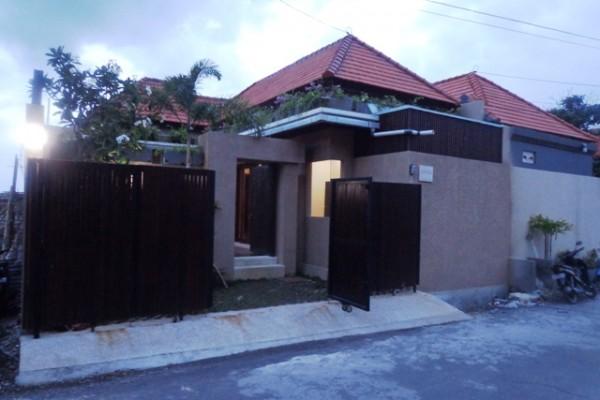 Villa dijual di Kerobokan Kuta Bali, Lingkungan Villa VJBD004
