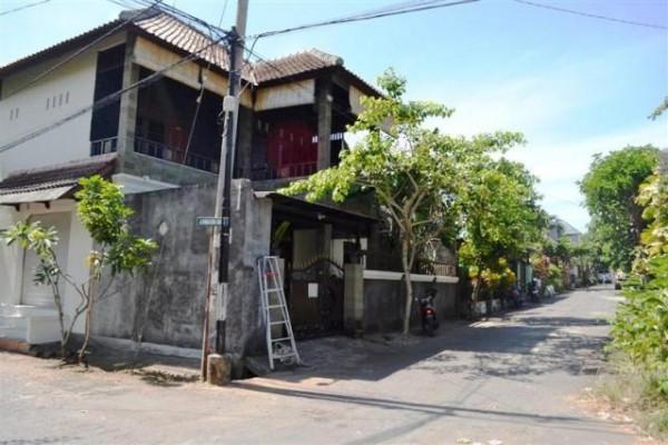 Dijual Rumah Mewah di Jimbaran ( R1039B )