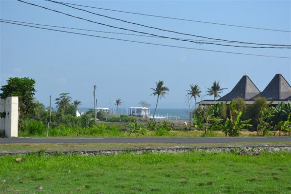 Tanah dijual di Canggu Bali lokasi dekat pantai Pererenan Canggu – TJCG066B