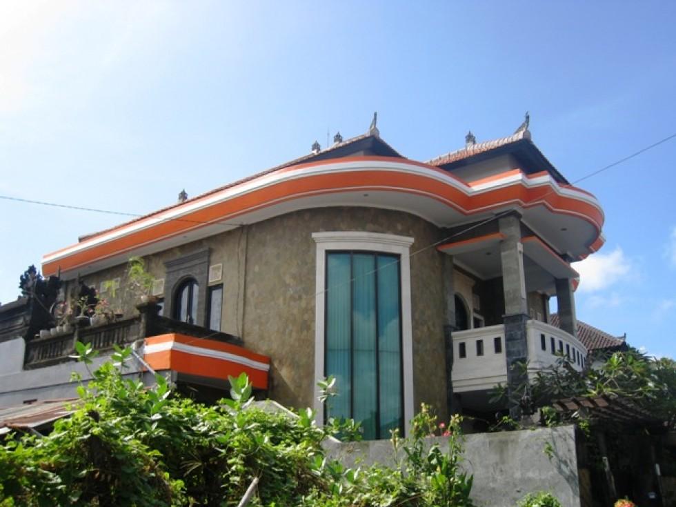 Rumah mewah disewakan di Sidakarya Denpasar R1101