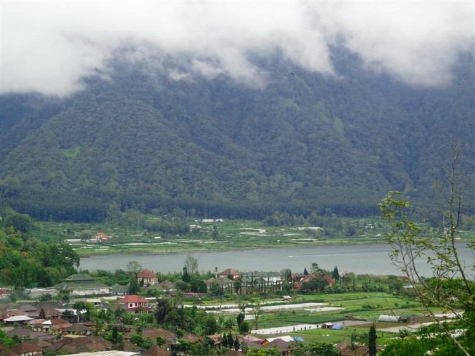 Tanah murah dijual di Bedugul Tabanan Bali,view Gunung dan Danau Bratan TJBE027