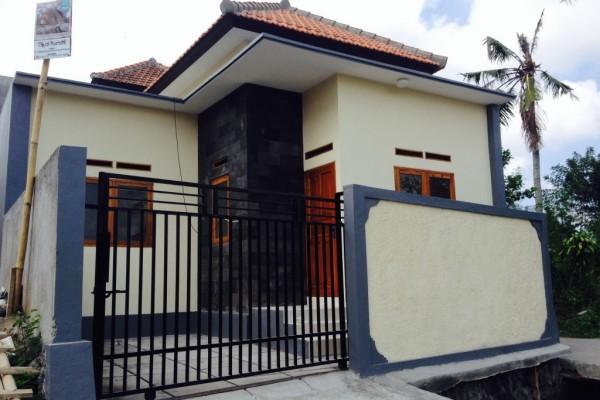 Dijual rumah cantik dengan lokasi strategis – R1142