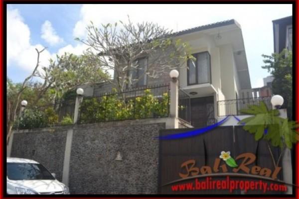 Disewakan Rumah Megah Murah Strategis di Denpasar Bali