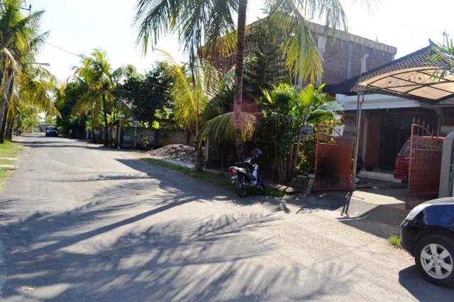 Rumah Disewakan Di Denpasar - (R1049B)