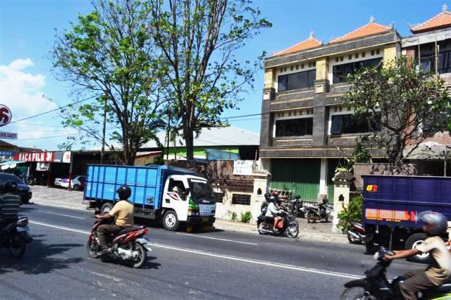 Dijual Ruko di Denpasar, Bali. Murah lokasi strategis di gatot subroto - K1003B