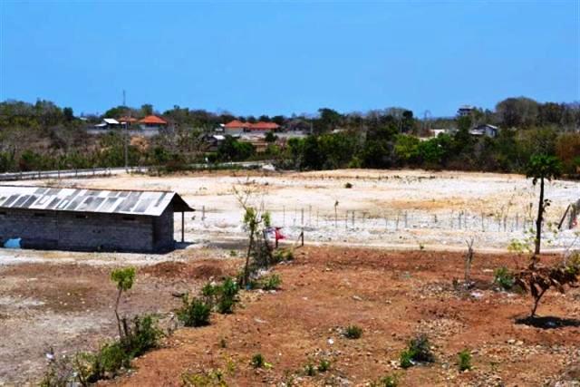 Jual tanah di Jimbaran view pantai Nusadua 150 are @ 75 Juta